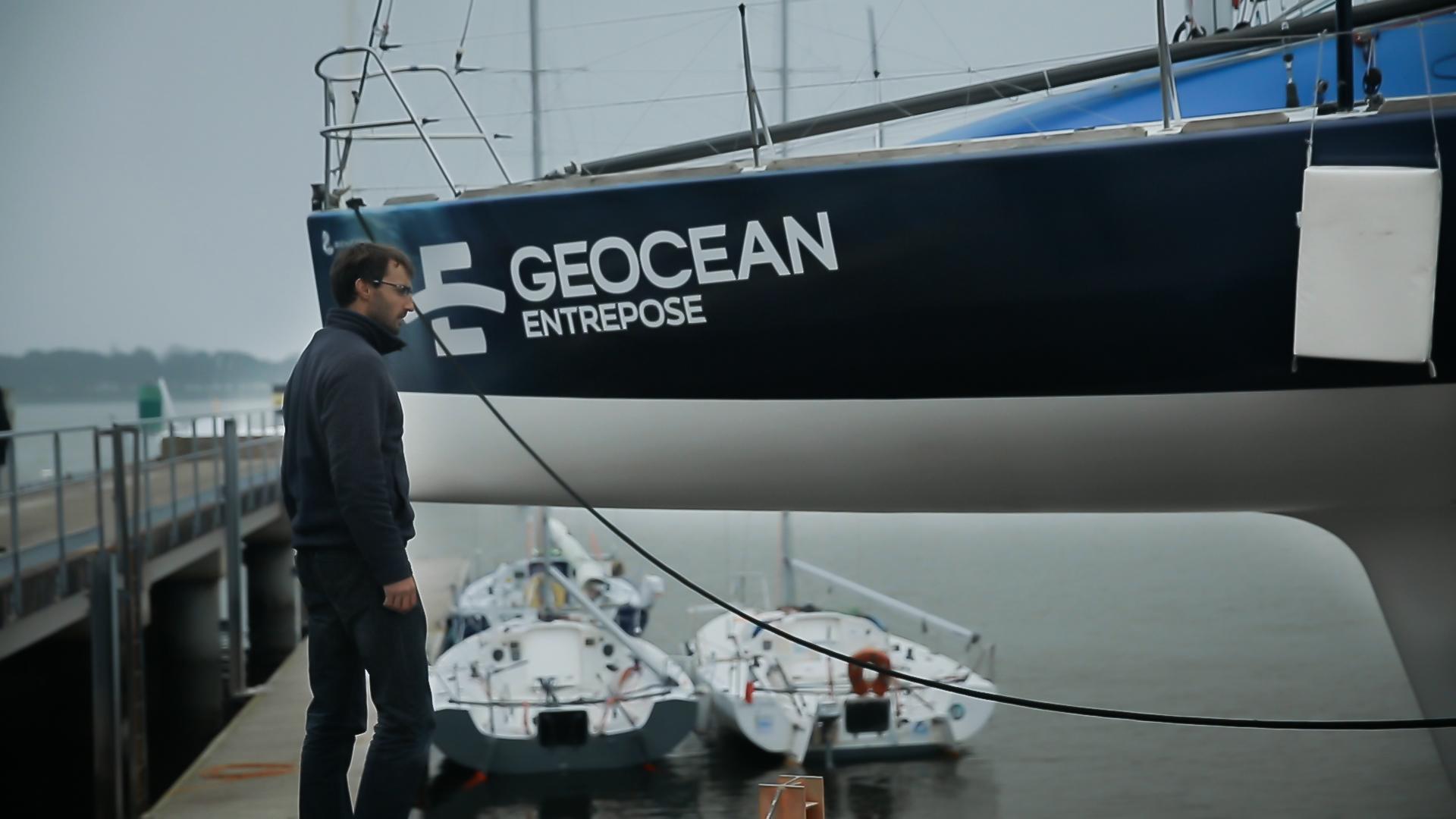Nouvelle décoration du bateau aux couleurs d'Entrepose !